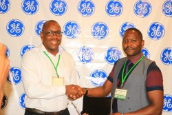 Andrew Waititu, General Manager, GE Healthcare East Africa & Kenneth Wangari,  Council President, So